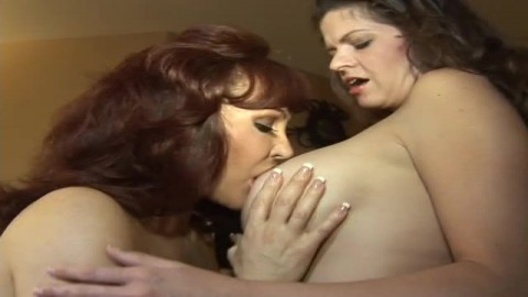 Sexy Vanessa et June Summers !
