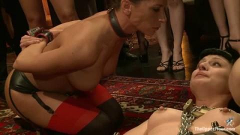 Des lesbiennes chaudes pour du hard